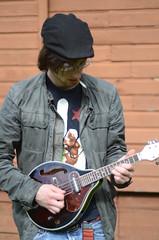 John rocking the new mandolin (Rachel Lara Davis Photography) Tags: washington mandolin kalama