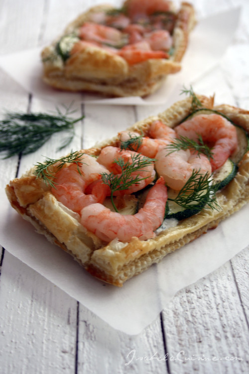Zucchini, shrimps and cream cheese tart
