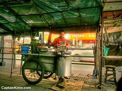 Best Fried Chicken Vendor Down the Block - Bangkok, Thailand (Captain Kimo) Tags: food photoshop thailand downtown bangkok vendor friedchicken highdynamicrange topaz photomatix hdrphotography hdrphotos hdrimages hdrsoftwarereview