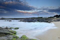 Lever du soleil sur le phare des Corbeaux ~ Île d'Yeu ~ Vendée ~ France (emvri85) Tags: lighthouse sunrise day cloudy phare île dyeu lescorbeaux blinkagain