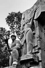 Independance (patoche21) Tags: blackandwhite bw monument statue nikon southeastasia noiretblanc nb vietnam hanoi d300 18200mm asiedusudest vietflickr capturenx2 sudestasiatiaque patrickbouchenard