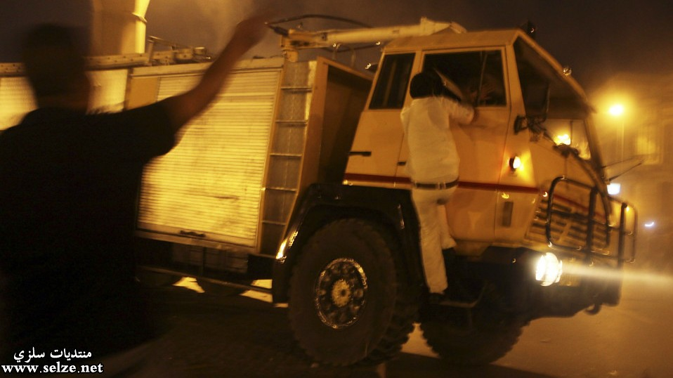 صور اشتباكات القاهرة بين الجيش