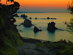 CF006951-Playa del Silencio- Cudillero-Cota-puesta de sol (santyclavel) Tags: costa mar puestadesol playadelsilencio colorphotoaward nikond3 dblringexcellence flickrtravelaward musictomyeyeslevel1 flickrstruereflection1 flickrstruereflection2 flickrstruereflection3 flickrstruereflection4 flickrstruereflection5 flickrstruereflection6 santiclavel