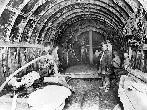 Tunnel digging at Kennington
