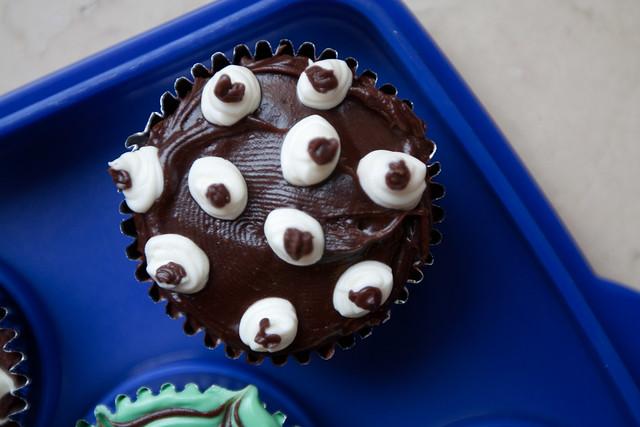 Alien Eyeball Cupcake