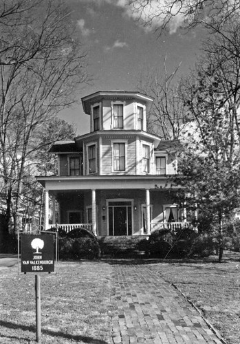 Steamboat House Photo by Harvie Jones, 1997