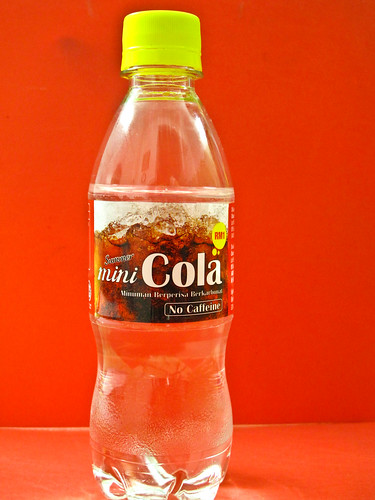 IMG_0233 Mini Cola Bottle 迷你可乐瓶( no caffeine 无咖啡因,Product of Malaysia)