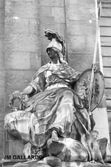 Paris - Minerva (Polycarpio) Tags: poly gallardo polycarpio fotosdeparis jmgallardo fotosdefrancia juanmanuelgallardo polygallardo juanmgallardo