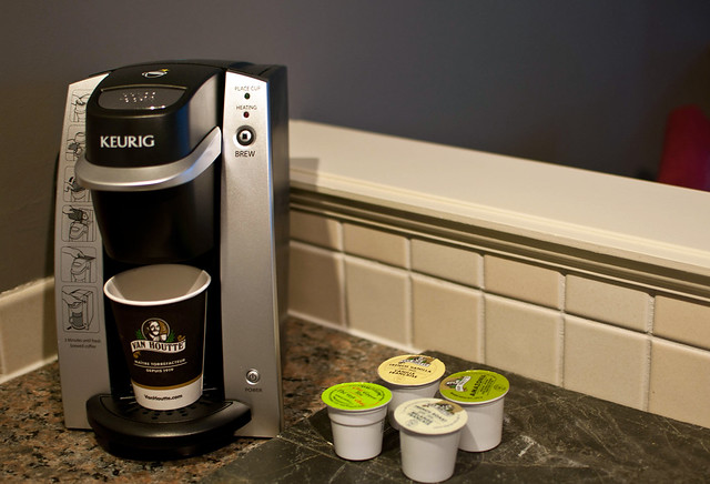 Summit Lodge Keurig coffee system in kitchenette