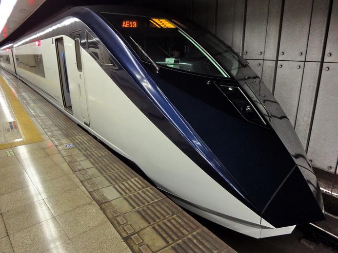 成田機場如何到東京市區教學(NEX成田特急/京成Skyliner/機場巴士) | 林氏璧和美狐團三狐的小天地