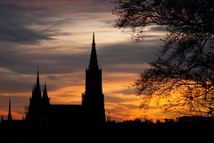 Ulmer Mnster (Tierphotograph) Tags: kirche himmel wolke bauwerk abendrot ulmermnster