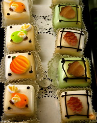 Autumn Petit Fours