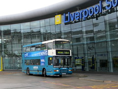 Arriva 3334 in Liverpool South Parkway (simon835) Tags: 3334 volvoolympian liverpoolsouthparkway northerncountiespalatine2 r334wvr arriva3334