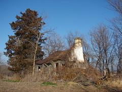 Stone chimney house (David Sebben) Tags: county chimney abandoned stone farmhouse rural alone decay farm iowa jackson lonely