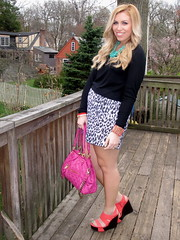 Livingaftermidnite - Turquoise and Pink and Coral All Over (jackiegiardina) Tags: get color green beauty look coral club blog outfit jackie post mark makeup jewelry blogger sally gingham nails blogspot cosmetics hansen jacquelyn giardina markgirl livingaftermidnite