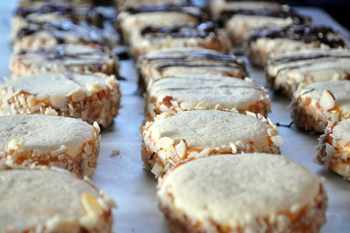 alfajores naked and drizzled