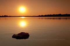 Here I'm alone... seeing the Sun... (PhotoPB) Tags: sunset sun rock 1740f4l hitechfilters canon5dmk2 pedrobarradas