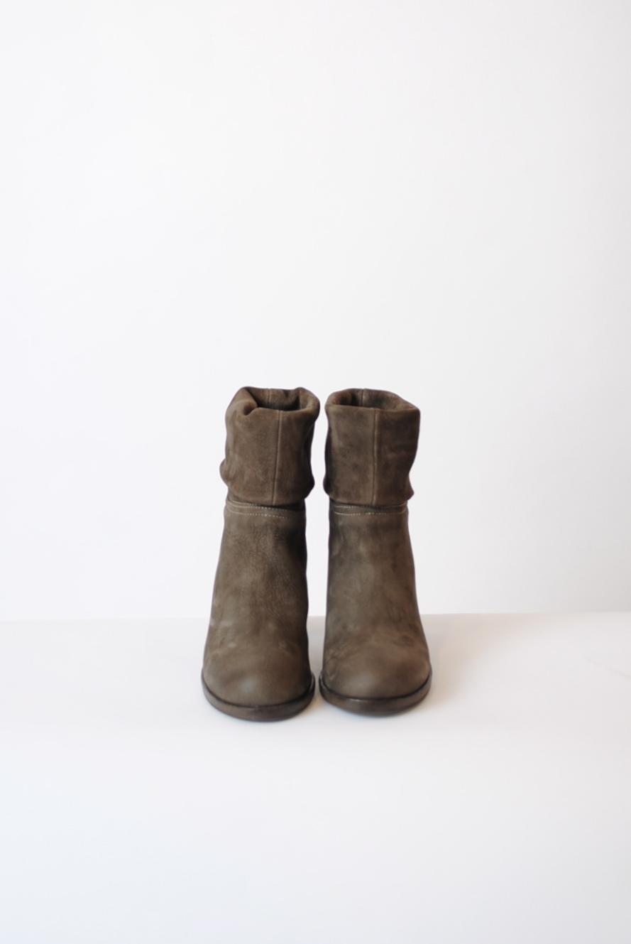 """Liu"" Boot"
