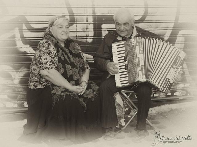 cantantes callejeros