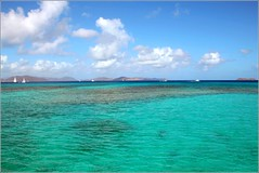 more caribbean blues ... (Z Eduardo...) Tags: blue sea sky water clouds america boat paradise caribbean britishvirginislands virgingorda caribbe platinumheartaward flickraward doubleniceshot flickraward5 mygearandme mygearandmepremium musictomyeyeslevel1