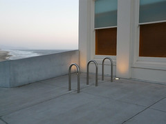 11100 / ssw from the cliff house (janeland) Tags: ocean sanfrancisco windows detail architecture pacific dusk bikerack crepuscular cliffhouse hopperesque 94121 lateintheday