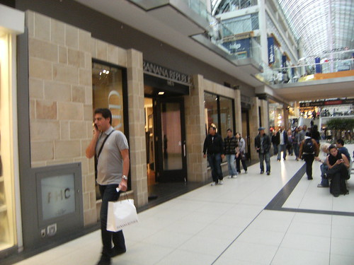 Banana Republic - TORONTO EATON CENTRE at Yonge St in Ontario M5B 2H6: store location & hours, services, holiday hours, map, driving directions and more.