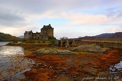 Eilean donan castle (gmj49) Tags: water scotland sony loch eileandonancastle gmj a350