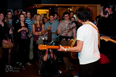 Sam Duckworth at Swn Festival, 23rd October 2011 (Polly-Thomas) Tags: music festival wales concert gig cardiff welshclub swn clwb clwbiforbach nikonsb600 getcapewearcapefly samduckworth nikond90 swnfestival nikon2470mmf28 lastfm:event=1971980