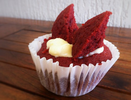Red Velvet Butterfly Cupcakes by mjd-s