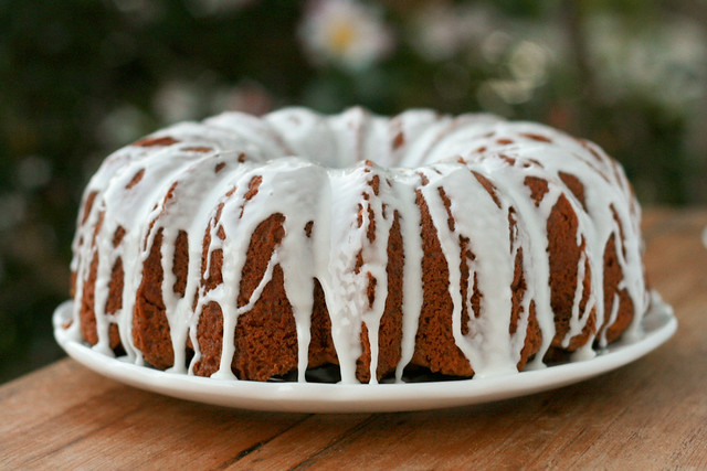 Ultimate Streusel Bundt Cake - I Like Big Bundts 2011
