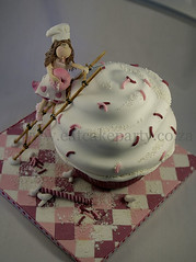 cupcake chef (Dot Klerck....) Tags: pink cake southafrica capetown dot chef wellington ladder giantcupcake girlscakes eatckeparty