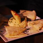Bodega Wine Bar: Hummus