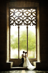 Love in windows (Perolo Orero - www.orerofotografia.com -) Tags: wedding light art love luz window valencia backlight contraluz ventana photography yahoo google nikon kiss photographer arte market bokeh amor alma boda marriage soul manuel matrimonio beso lonja pero fotografa krop orero orerofotografia wwworerofotografiacom