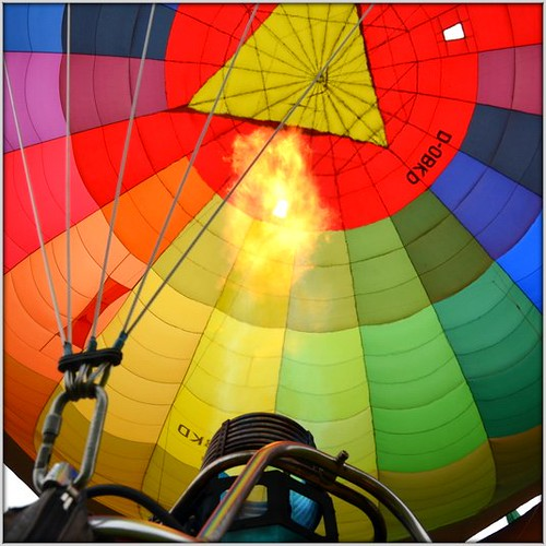 Fire the hot-air balloon by Ginas Pics