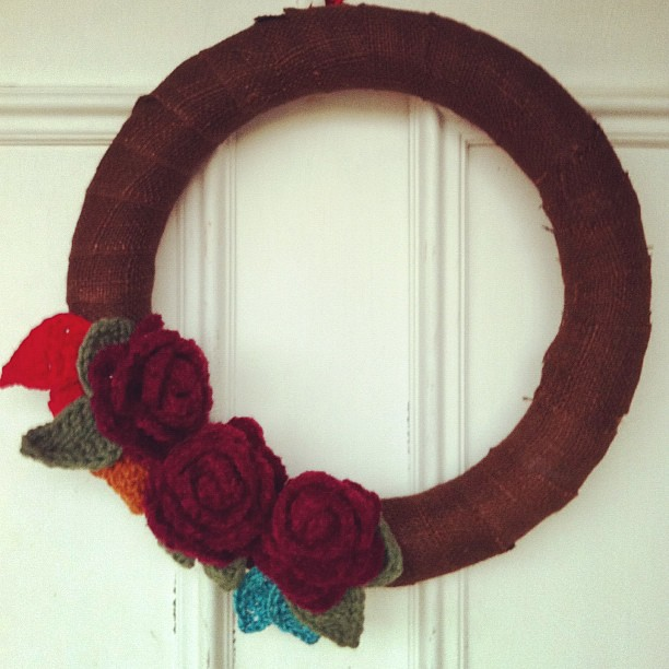 My Fall Wreath. Burlap & crochet flowers/leaves.