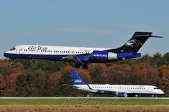 "N946AT AirTran ""Baltimore Ravens"" (Bob Garrard) Tags: washington airport friendship baltimore marshall international jetblue boeing 717 thurgood bwi airtran baltimoreravens erj190 kbwi n946at n309jb"