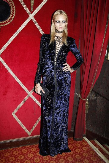 6216565139 0a7e2a2174 o Carine Roitfelds Vampire Ball in Paris