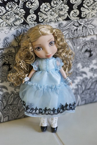 "8"" Alice Kingsleigh by alington"