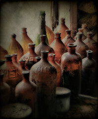 bottles (bob merco) Tags: bottles antique textured clorox genoacolorado thewondertower supermerc81 bobmerco paololivornosfriends bobmercogliano