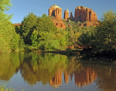 Red Rocks Crossing Reflection (MoodyGoat) Tags: reflection sedona redrockscrossing