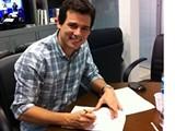 Apresentador do Domingo Legal, Celso Portiolli renova contrato com o SBT by Portal Itapetim