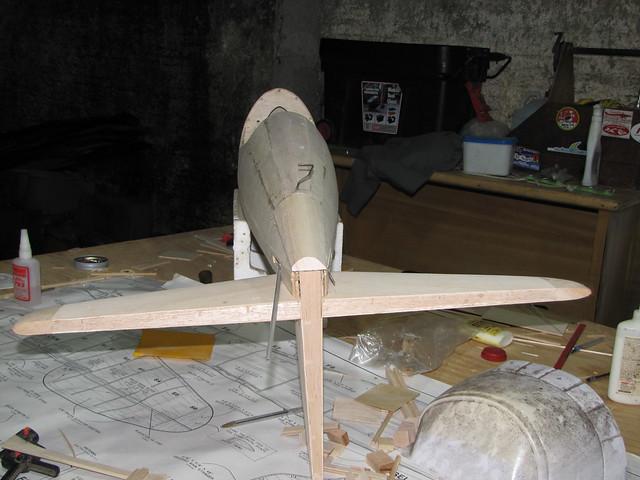 Montagem gratificante P-47 Thunderbolt Do Kit ao AR - Página 2 6266286664_7167f97df8_z