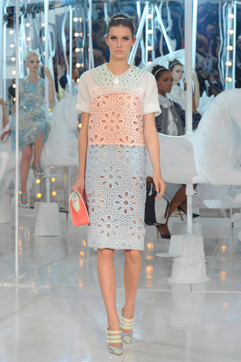 Louis-Vuitton - Pastels, Spring fashion trends, runway, pastel