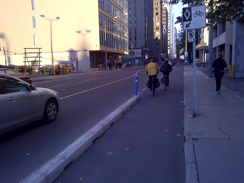 Laurier Cycling Lane