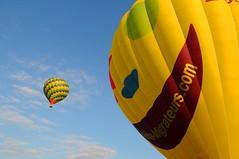 aQUI_7314 (Emmanuel Quinart Photographe) Tags: sky cloud hot photo air ballon balloon gaz ciel hotairballoon lille nuage vue chaud ballooning nord aero mab mondial arienne haut dcollage montgolfiere sigal migrateur marcq aerostation bondues pilatre