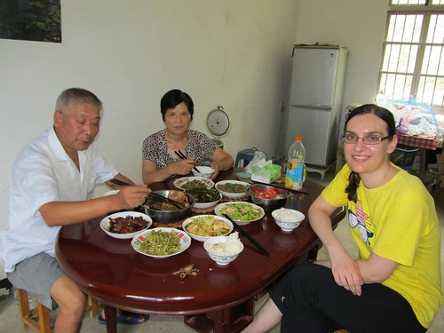 Jocelyn and her Chinese inlaws at the table