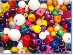 perles (laur@s) Tags: colore dadi perle legno palline perline laurs