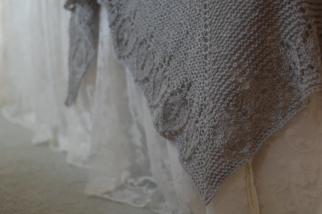 dovetail shawl