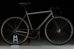 Champagne Merlin (mobius cycle) Tags: color bicycle digital photography cycling track swiss champagne spokes grain thomson merlin fixed fixie titanium dt radial suntour woundup dropbars custombicycle sugino75 handbuiltbicycle suntoursuperbepro nikond40x mobiuscycle manuallensnocpu taylorhurley grainstudios nikimobius maviccxp30gold