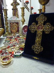 True Cross Relic ( -*- RhOn -*-  ||o||) Tags: